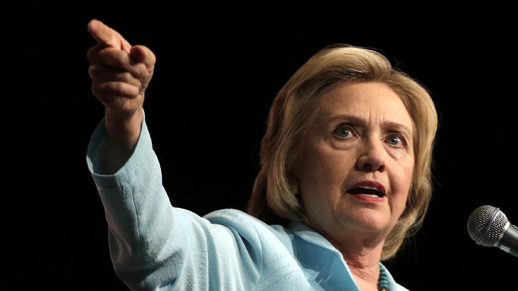Клинтон обвинила директора ФБР в своем поражении на выборах