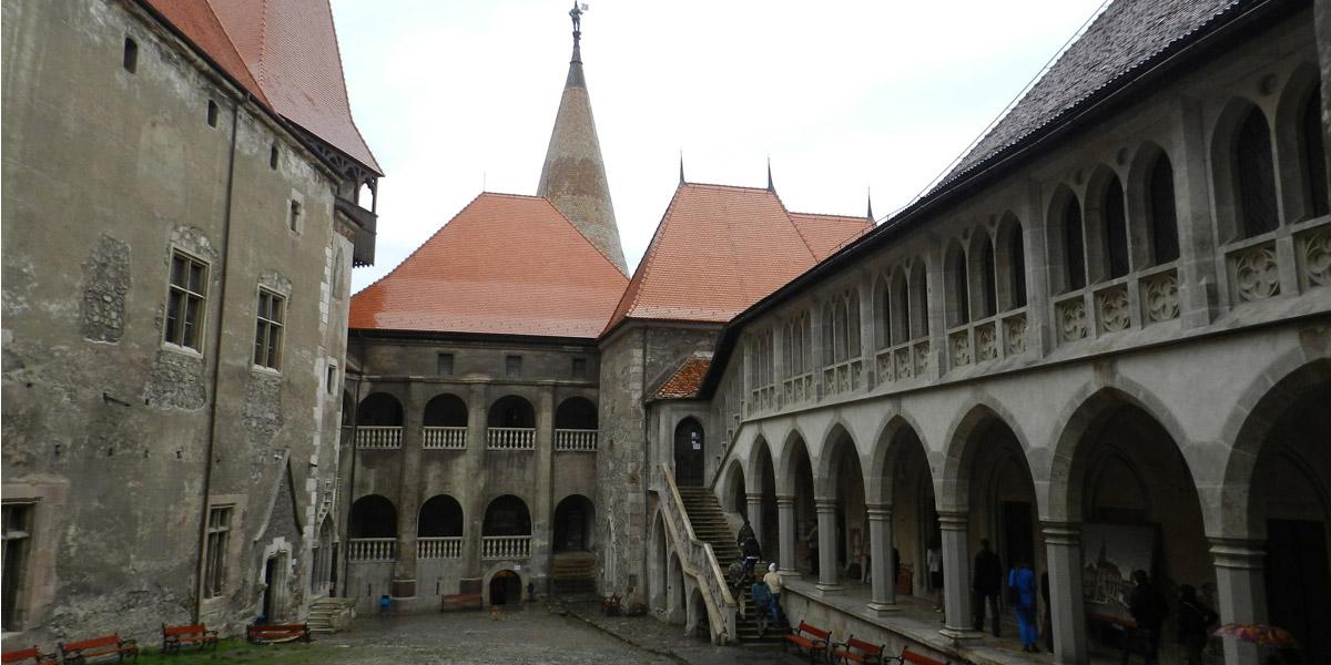 Мистическая Румыния: Замок Корвинов