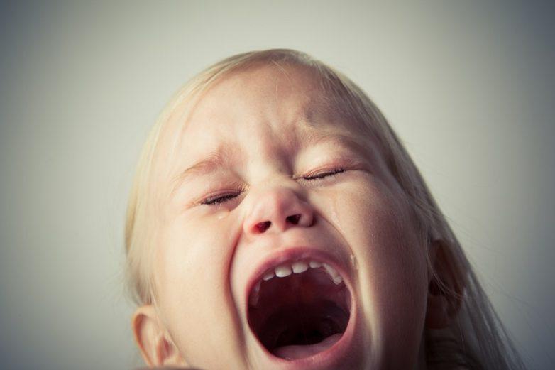 Что происходит с личностью ребёнка, которого били в детстве?