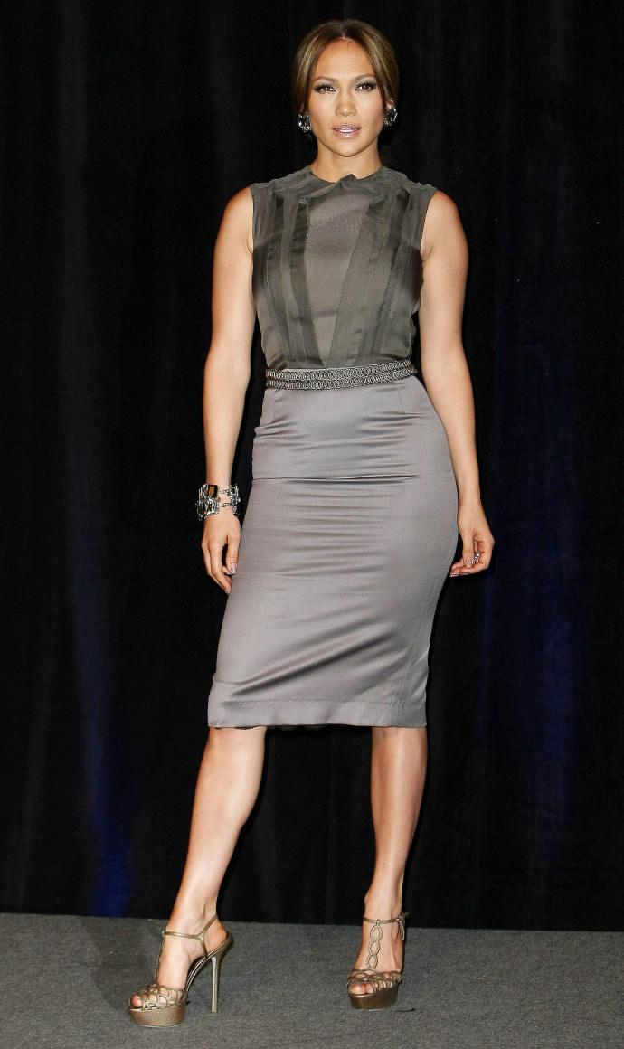 4 правила подбора одежды для женщин с широкими бедрами
