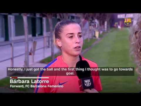 Невероятный гол в женском футболе