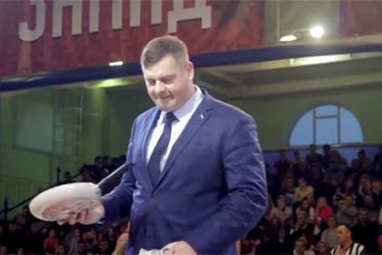 Орловский чиновник свернул в трубочку сковородку на Матче звезд АСБ
