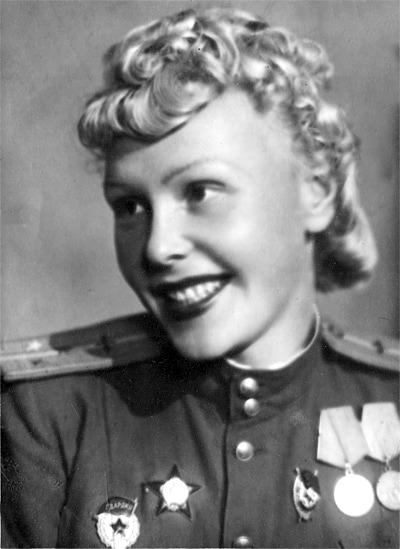 280 боевых вылетов пилота О.М.Лисиковой
