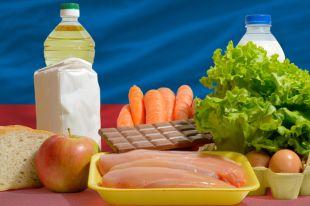 Несъедобные хлеб, молоко и колбаса. Кого накажут за опасные продукты?