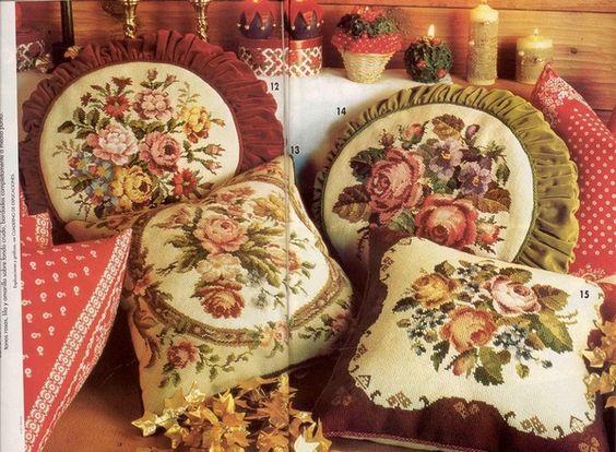 ВЫШИВАЙКА. Подушки с вышивкой
