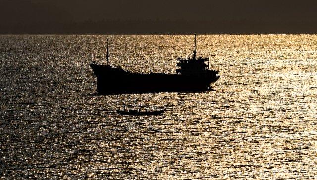 У берегов Бенина захвачено судно, предположительно, с россиянами на борту