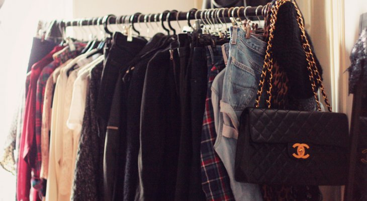 Азбука стиля. Базовый гардероб — как подобрать одежду, не выходя за рамки бюджета