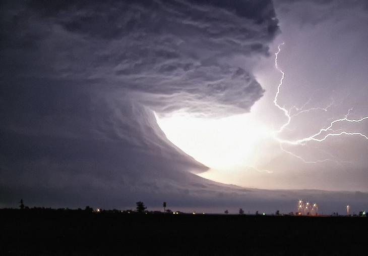 Когда погода злится. Гром, молнии и торнадо