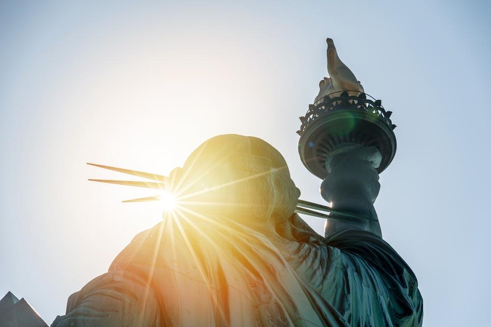 «Прекрасная, преславная статуя...»