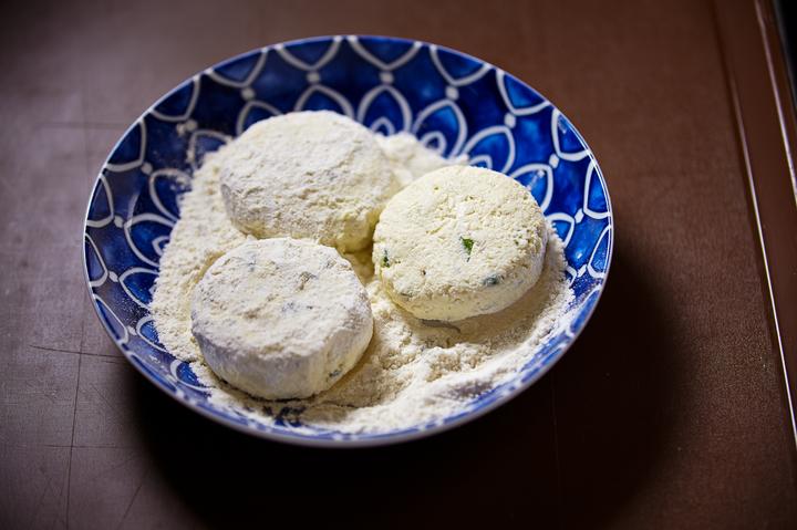 Сырники пошаговое приготовление с фото