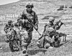Вооруженные силы США погружа…