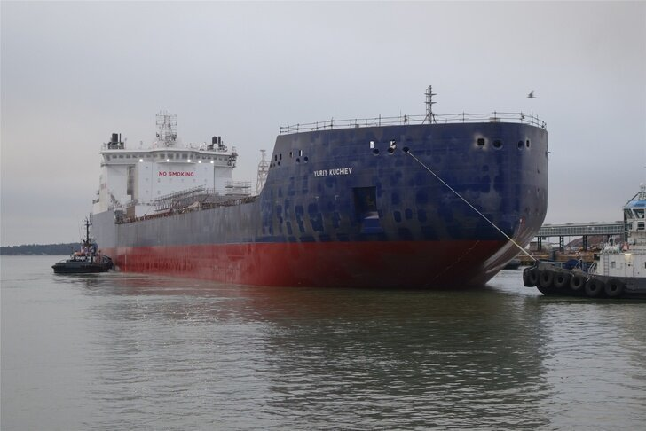 Танкер-газовоз «Юрий Кучиев» спущен на воду Хорошие, добрые, новости, россия, фоторепортаж