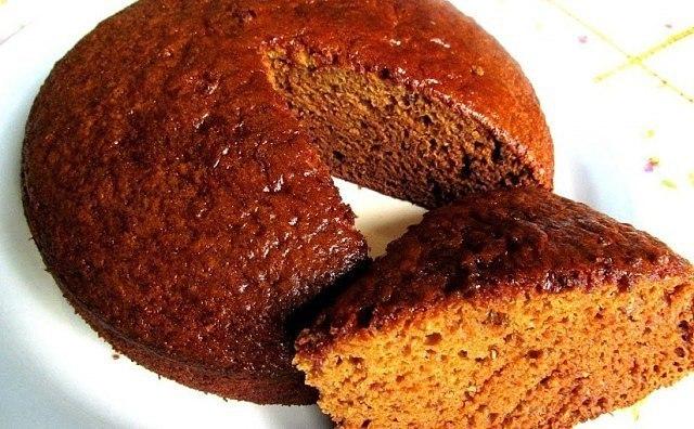 Стакан варенья, сода и кефир — формула успеха самого быстрого пирога из моей записной книжки!