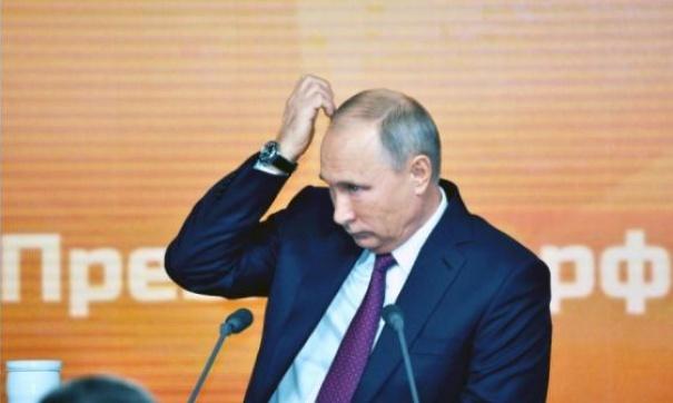 Россияне подписывают петицию, требуя участия Путина в теледебатах