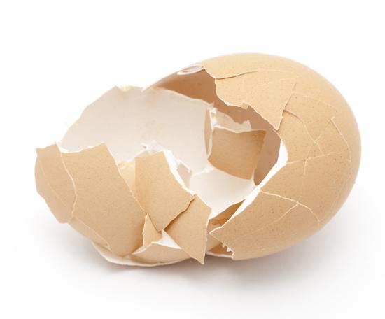 Лучшие способы очистить яйцо