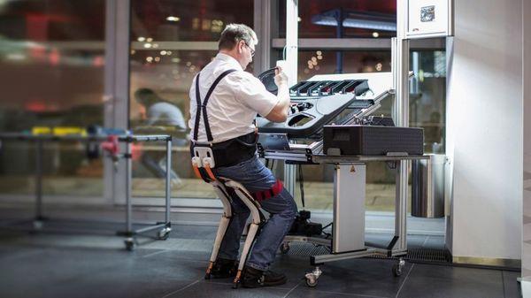 Экзоскелет-стул для людей, работающих на ногах экзоскелет, помощь, технологии, длиннопост