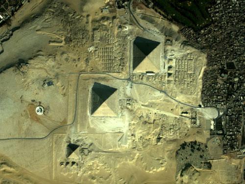Новый взгляд на египетские пирамиды