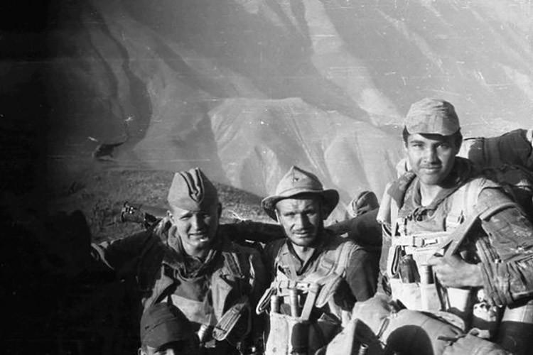 Как советский спецназ с ливанскими боевиками разговаривал Арафат, СССР, ливан, палестина, спецназ