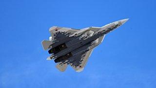 В Сети появилось видео полета новейшего Су-57
