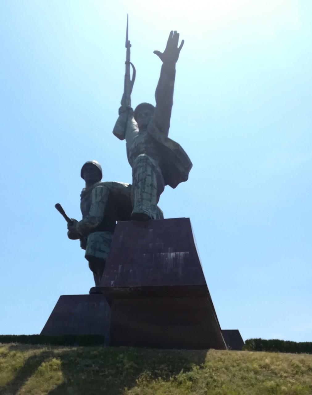 Памятник матросу и солдату крым, путешествие, туризм