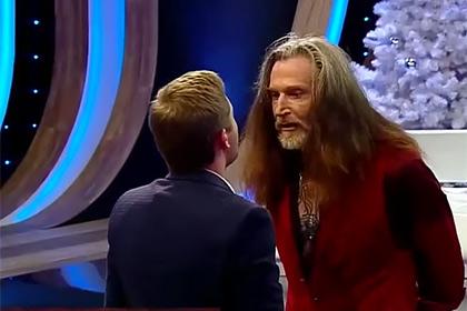 Шоу должно продолжаться: «Давай, щенок!»-Джигурда попросил ведущего «России 1» побить его в прямом эфире