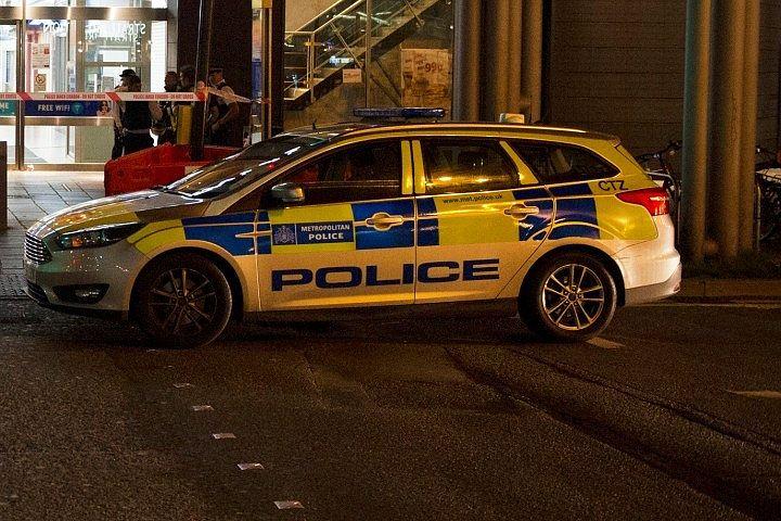 Посольство КНДР в Лондоне из-за подозрительного пакета оцепила полиция