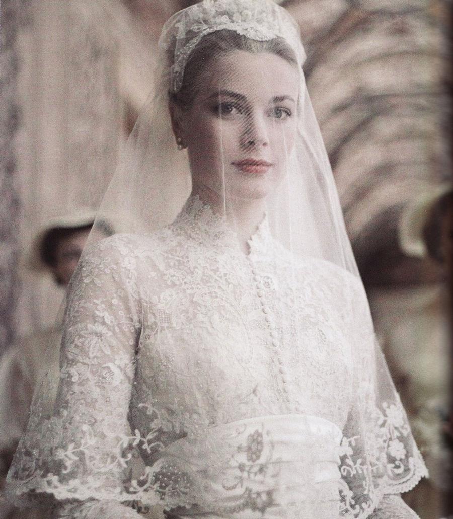 Свадебный переполох: Легендарные платья 20 века