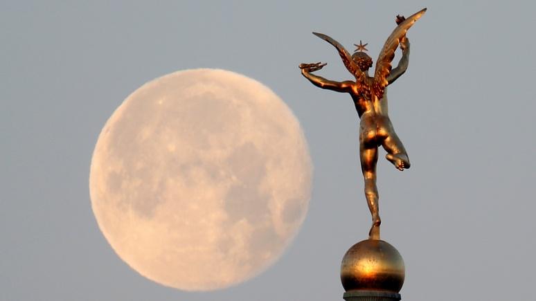 Newsweek: российские учёные предложили отправить культурные ценности на Луну