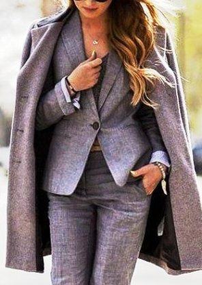 Брючный костюм —  как и с чем носить, чтобы чувствовать себя женственно и комфортно