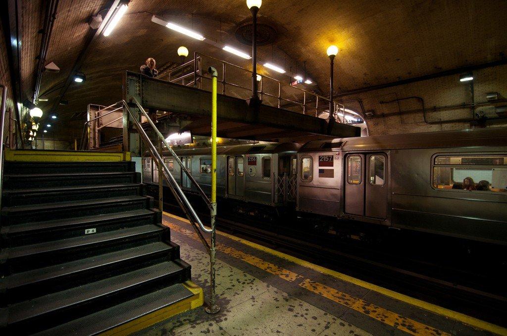 """США: Уставшее метро Нью-Йорка требует дикие суммы на восстановление, иначе будет """"медленно подыхать"""""""