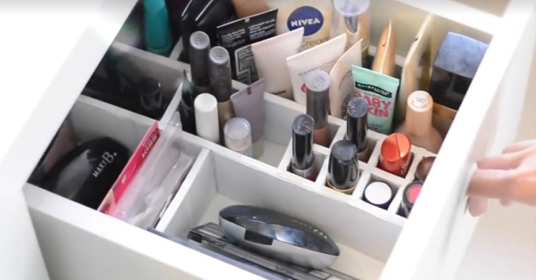 Как сделать органайзер для косметики в полочке комода