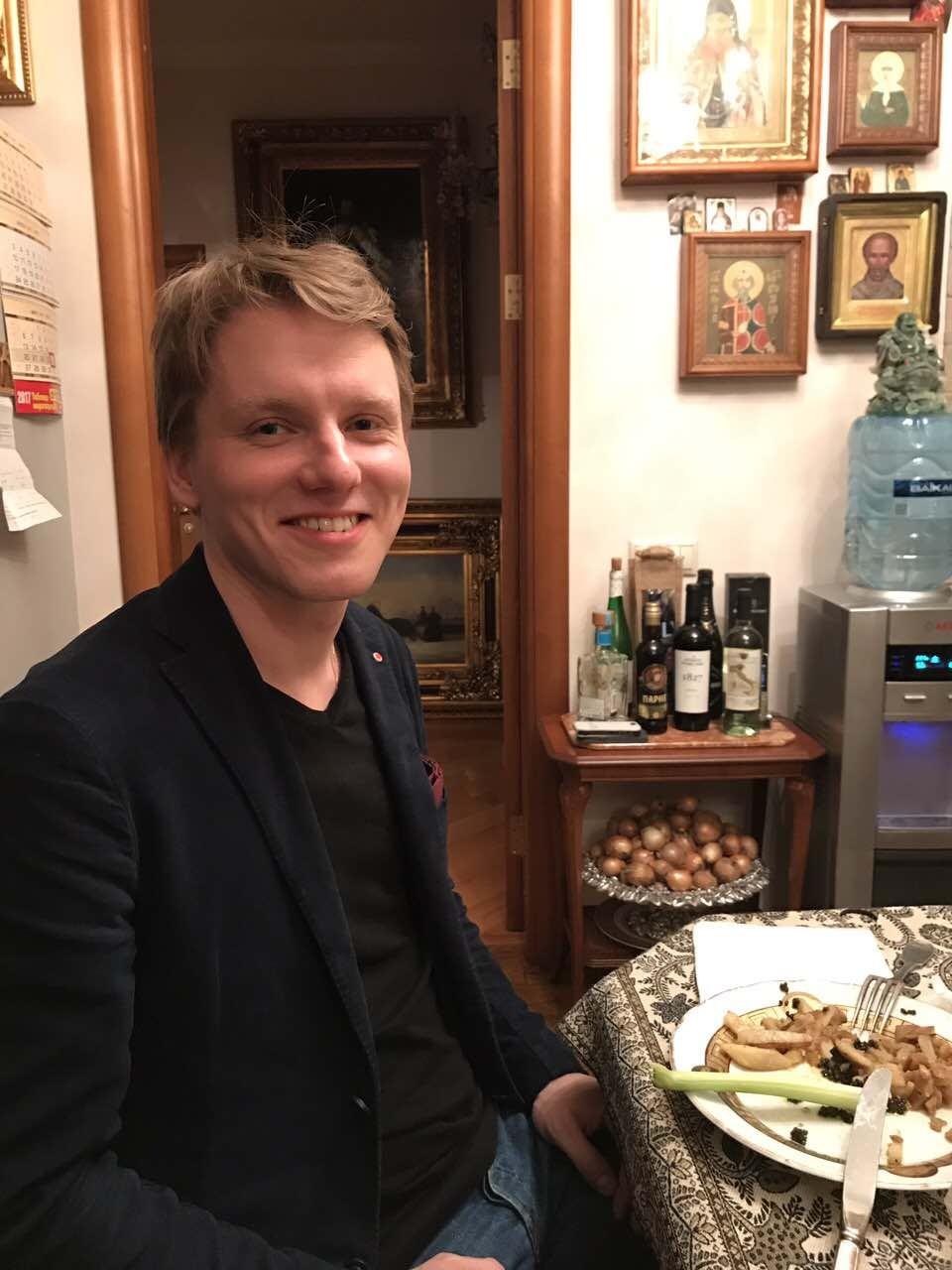 Русскому музыканту швейцарцы не дают визу