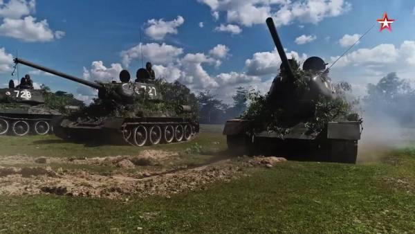Русская легенда армии Лаоса: Российские военные приняли от коллег из Лаоса 30 танков Т-34