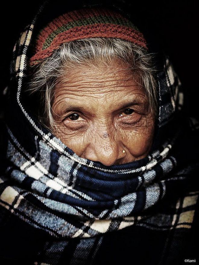 Портрет женщины в Непале