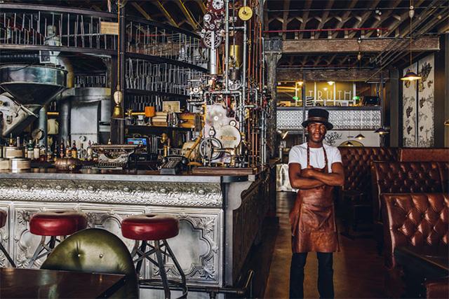 Удивительный дизайн интерьера кафе в стиле стимпанк в Южной Африке