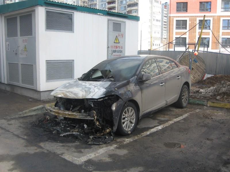 """Пользователю портала Собянина """"Наш город""""  сожгли автомобиль. Апокалипсис в Москве!"""