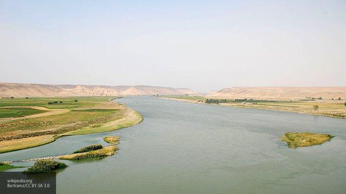 Крупная переброска через Евфрат: зачем ВКС РФ и сирийцы спешат зачистить левый берег