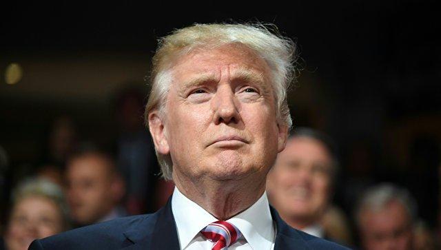 Трамп пожелал Клинтон скорейшего выздоровления