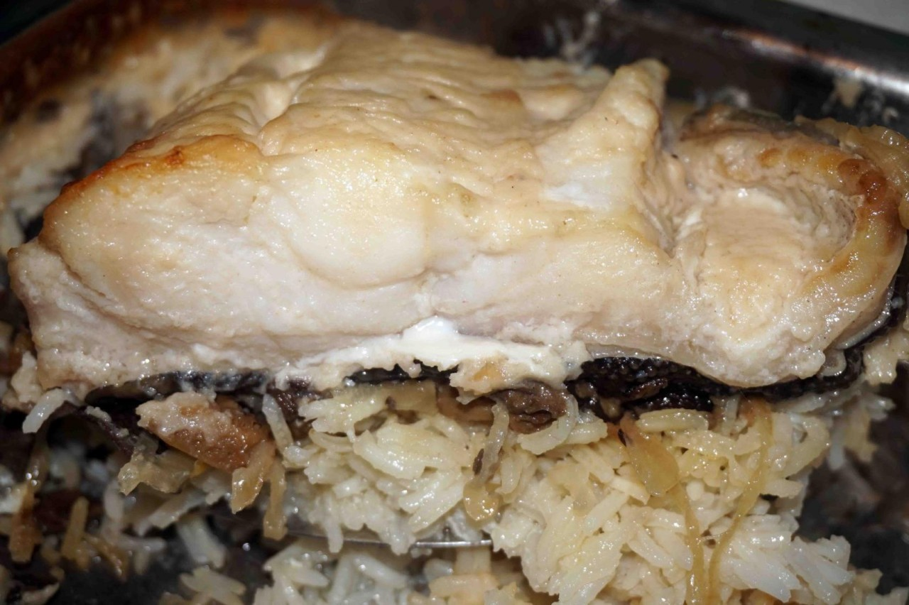 Зубатка на рисово-грибной подушке