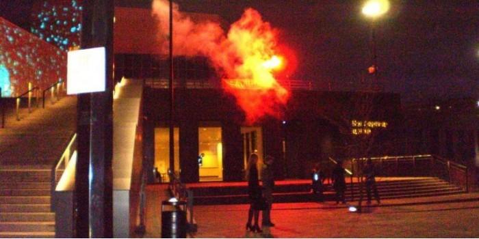 Ельцин, гори в аду!: нацболы провели акцию у екатеринбургского Ельцин-центра