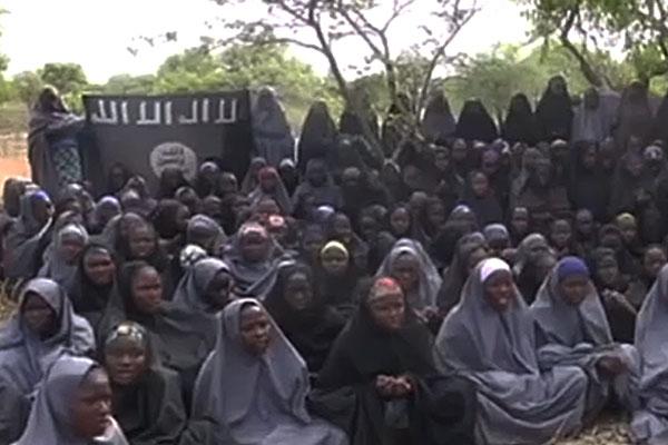 «Боко Харам» опубликовала видеозапись с 50-ю пропавшими в 2014 году школьницами