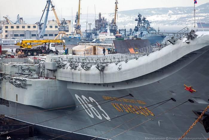 Крейсер «Адмирал Кузнецов» начнут ремонтировать в 2018 году