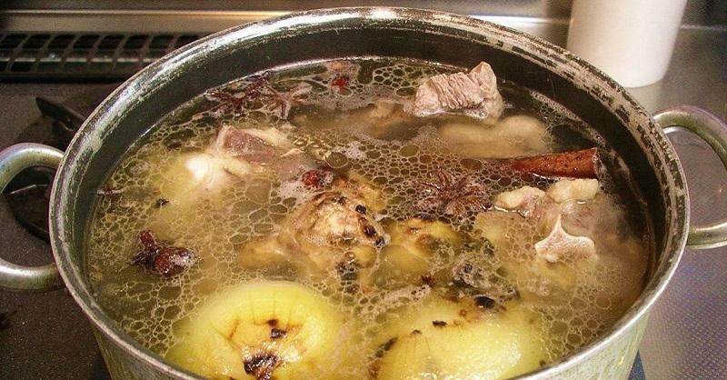 Выглядит словно обычный суп! Но то, что я узнал об этом блюде, повергло меня в шок.