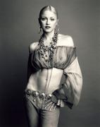 Мадонна (Madonna) в фотосессии Стивена Мейзеля (Steven Meisel) для журнала Vogue Italia (ноябрь 1992)