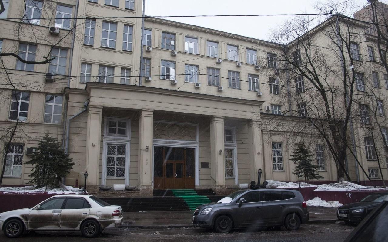 РПЦ обвинила столичный НИИ в переделке усыпальницы игумений в бассейн для крабов