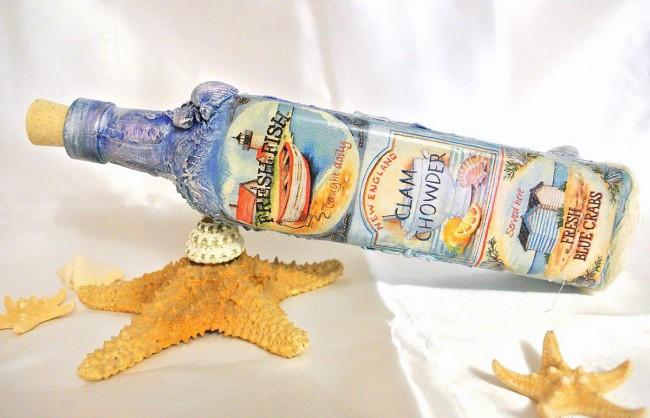 Бутылка в морских мотивах с легким рельефом из туалетной бумаги