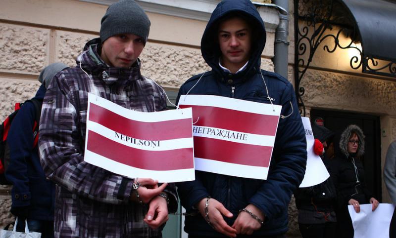 Путин подписал указ о безвизовом въезде в Россию для всех неграждан Латвии и Эстонии