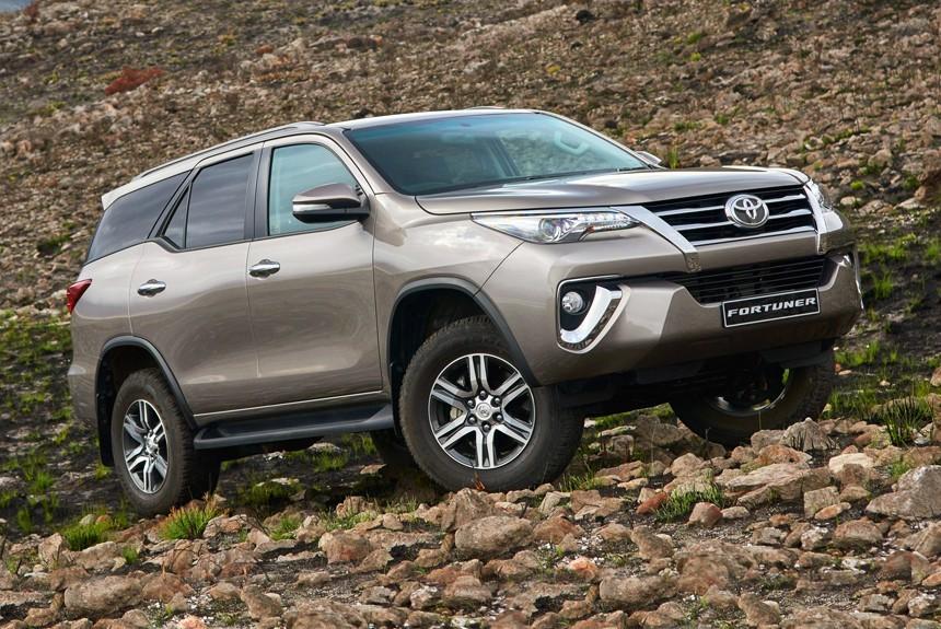 В России будут продавать внедорожники Toyota Fortuner