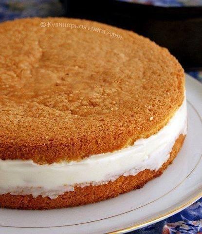 Торт с нежнейшим творожным кремом и ананасами. Настоящий шедевр!