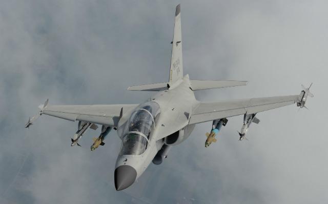 «Летающая парта» М-346 стала истребителем